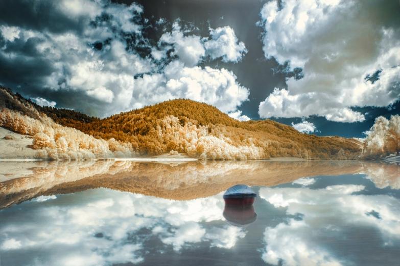 Mondely Lake